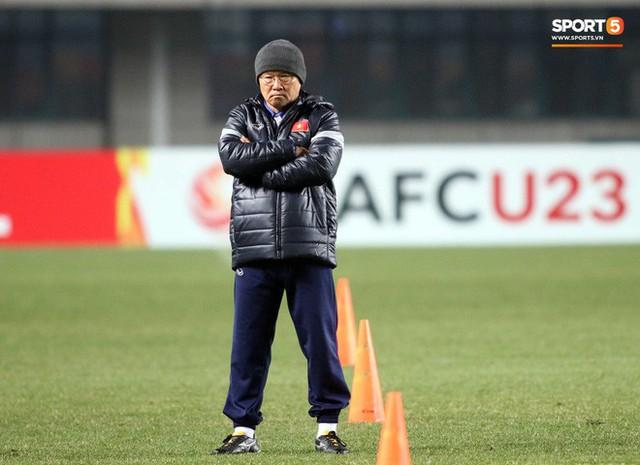 HLV Park Hang-seo bước sang tuổi 60: Từ sinh viên nghiên cứu thảo mộc đến huyền thoại bóng đá Việt Nam - Ảnh 18.