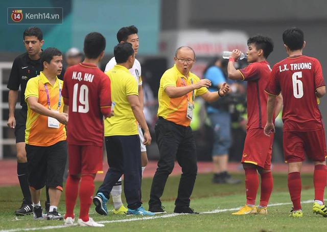 HLV Park Hang-seo bước sang tuổi 60: Từ sinh viên nghiên cứu thảo mộc đến huyền thoại bóng đá Việt Nam - Ảnh 31.