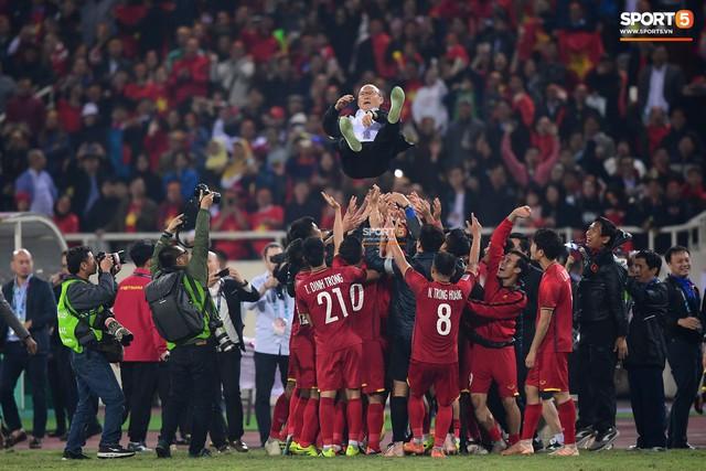 HLV Park Hang-seo bước sang tuổi 60: Từ sinh viên nghiên cứu thảo mộc đến huyền thoại bóng đá Việt Nam - Ảnh 34.