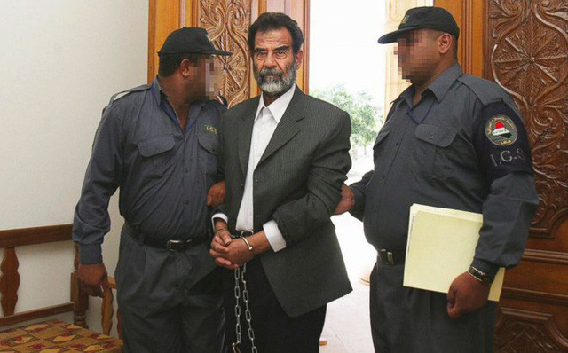 Những bí mật lần đầu được tiết lộ về bản án tử hình Tổng thống Iraq Saddam Hussein - Ảnh 2.
