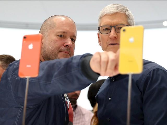 Phát hành iPhone giá rẻ hơn sẽ giải bài toán doanh thu cho Apple? - Ảnh 1.