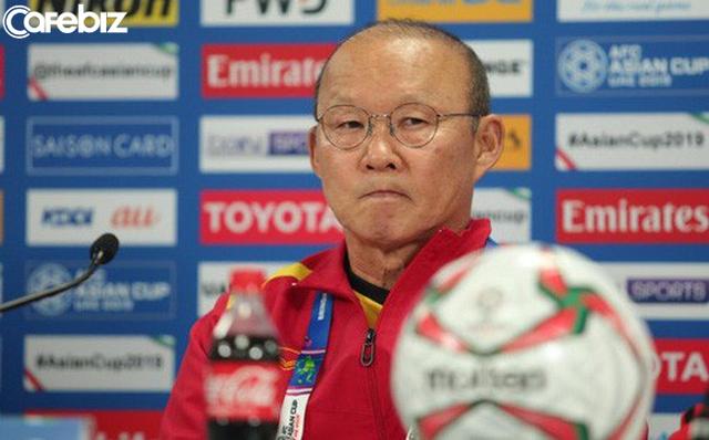 """HLV Park Hang-seo: """"Bóng đá là trận chiến, giải đấu là chiến tranh… Đã chiến đấu với quân địch thì cố gắng chiến thắng tối đa!"""" - Ảnh 1."""