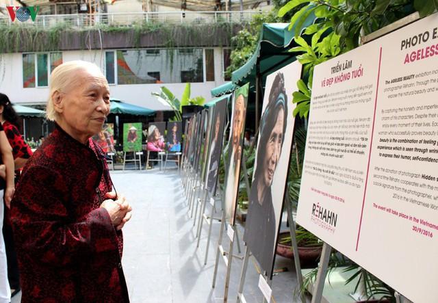 """""""Chưa giàu đã già"""": Ai chăm lo sức khỏe cho người cao tuổi Việt Nam? - Ảnh 1."""