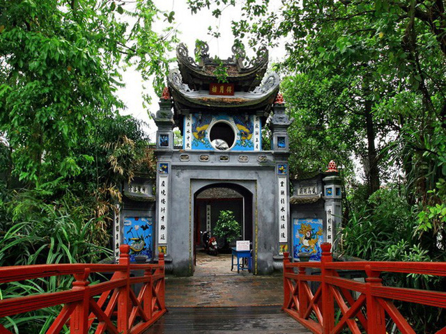 30 điểm du lịch nổi tiếng ở Hà Nội sắp bị cấm hút thuốc lá, phạt tại chỗ - Ảnh 2.