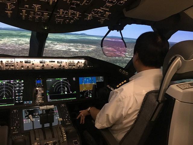 Vietnam Airlines tăng lương cho phi công chính lên cao nhất 271 triệu đồng/tháng  - Ảnh 1.