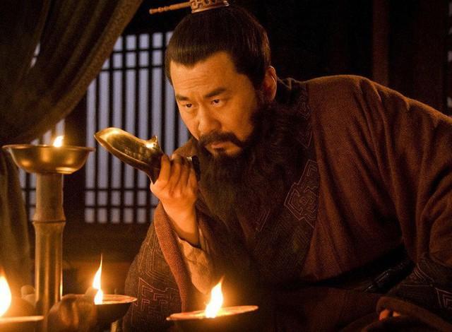 Tào Phi, Tào Thực tranh giành quyền kế vị, không ngờ Tào Tháo lại hưởng lợi nhiều nhất - Ảnh 3.
