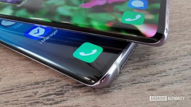 Vì sao màn hình thác nước lại là xu hướng thiết kế smartphone không ai nên học theo? - Ảnh 1.