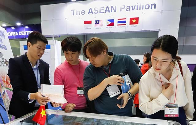 Đại gia Hàn Quốc chi 56 triệu USD mua biệt thự ở Việt Nam - Ảnh 1.