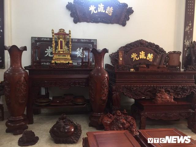Thảm cảnh đồ gỗ Đồng Kỵ nổi tiếng dù giảm giá sốc vẫn nằm đắp chiếu - Ảnh 4.