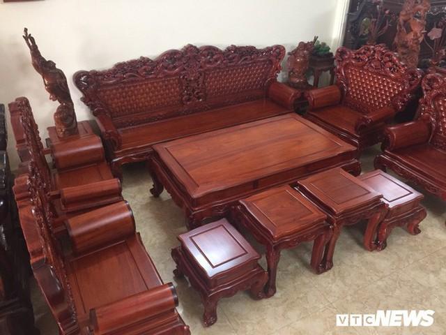 Thảm cảnh đồ gỗ Đồng Kỵ nổi tiếng dù giảm giá sốc vẫn nằm đắp chiếu - Ảnh 9.