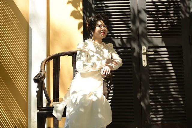 Lắng nghe chuyện kể về áo dài Lemur - bản sắc và sự tự tin của phụ nữ Việt thế kỷ 19 - Ảnh 4.