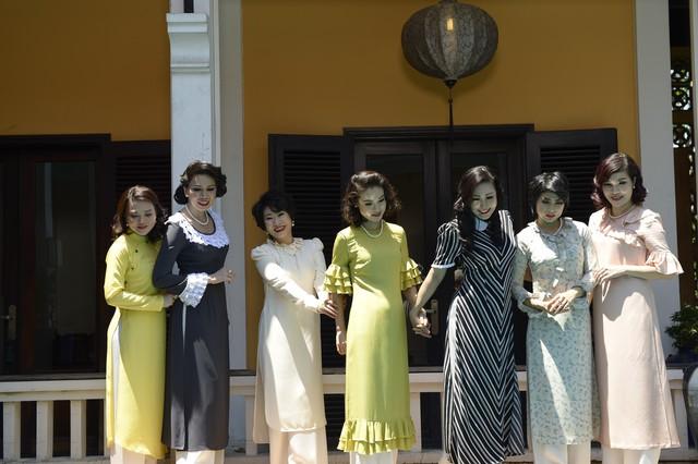 Lắng nghe chuyện kể về áo dài Lemur - bản sắc và sự tự tin của phụ nữ Việt thế kỷ 19 - Ảnh 11.