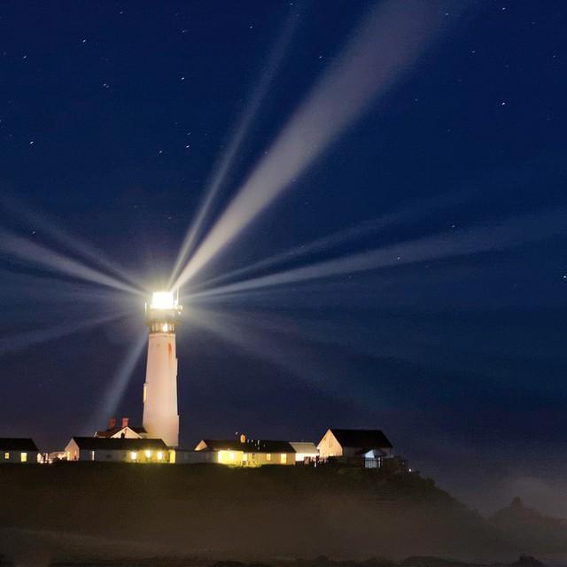 Hỏi khó: Tốc độ của ánh sáng là 299.792.458 m/s, thế còn tốc độ bóng đêm là bao nhiêu? - Ảnh 2.