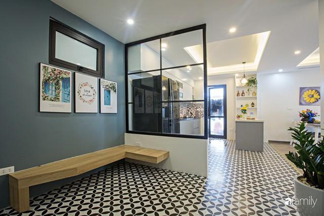 Căn hộ 100m² gây ấn tượng theo phong cách đương đại có tổng chi phí 260 triệu đồng ở Long Biên, Hà Nội - Ảnh 1.