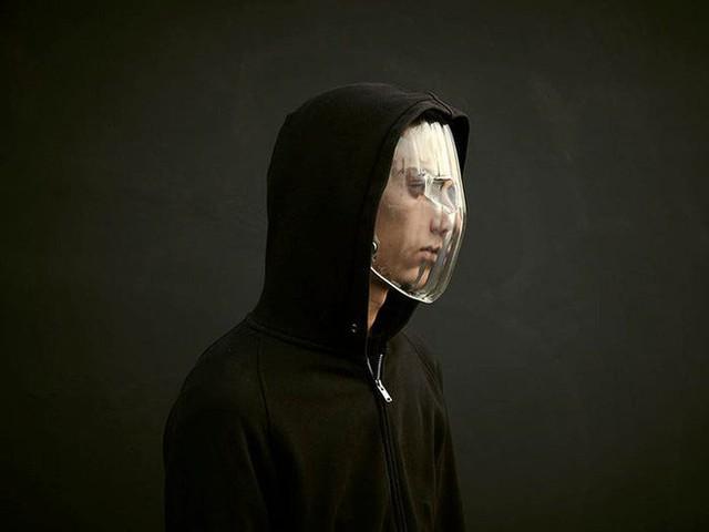 Muôn hình vạn trạng kiểu thời trang ngăn chặn công nghệ giám sát nhận diện gương mặt - Ảnh 2.