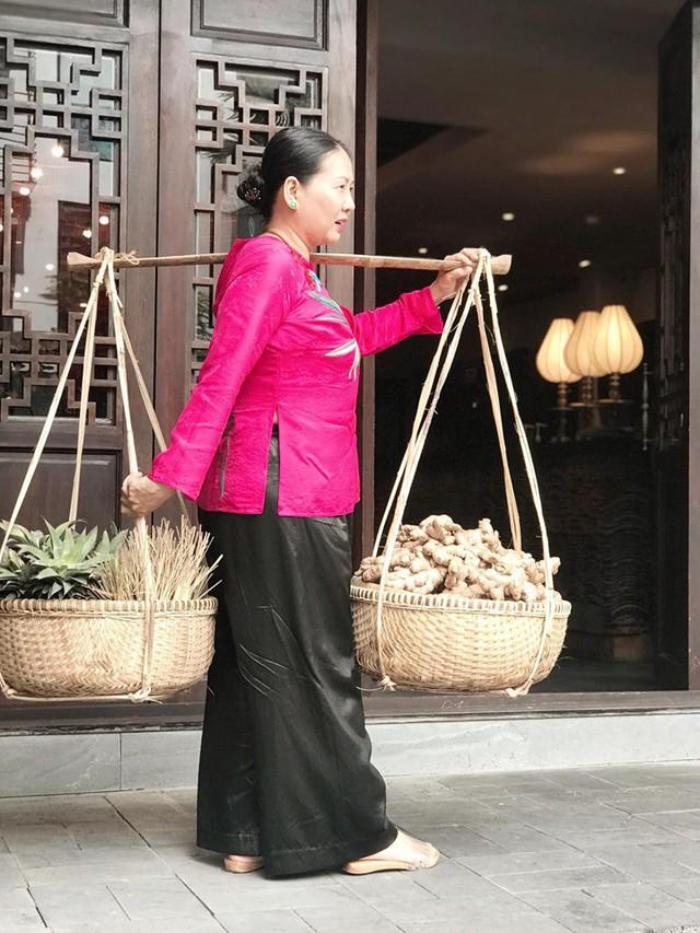 Nghệ nhân Ẩm thực Đoàn Thu Thủy: Tôi không xứng với hai chữ Doanh nhân, tôi là bà già quê buôn gánh bán bưng lượm bạc cắc  - Ảnh 3.