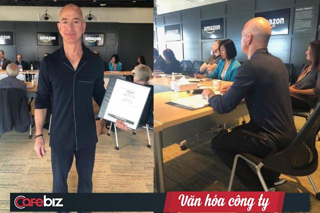 Jeff Bezos: Loại bỏ thuyết trình bằng PowerPoint và ngồi họp im lặng trong 30 phút là điều thông minh nhất chúng tôi từng làm tại Amazon - Ảnh 1.