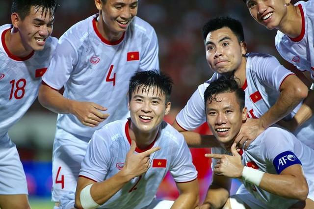 Tuyển Việt Nam thắng Indonesia như thế, có gì vội mừng - Ảnh 1.