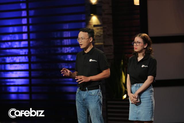Startup Uber cho TeleMarketing từ bỏ 1 triệu USD của Shark Liên để nhận 300.000 USD của Shark Dzung bởi một câu nói: Em chọn tiền bây giờ hay chọn tiền trong tương lai - Ảnh 1.