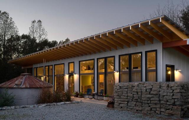 Vẻ đẹp ngôi nhà pha trộn giữa hiện đại và sự mộc mạc vùng nông thôn - Ảnh 1.