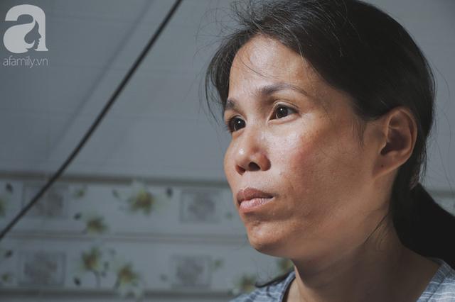Nụ cười của người mẹ một mình nuôi 7 đứa con ở Sài Gòn: Tiền có thể ít nhưng tình cảm dành cho con thì chưa bao giờ là ít cả - Ảnh 2.