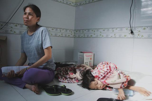 Nụ cười của người mẹ một mình nuôi 7 đứa con ở Sài Gòn: Tiền có thể ít nhưng tình cảm dành cho con thì chưa bao giờ là ít cả - Ảnh 13.