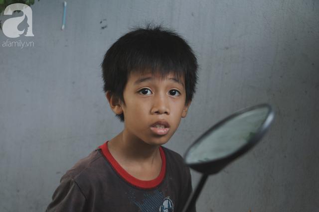 Nụ cười của người mẹ một mình nuôi 7 đứa con ở Sài Gòn: Tiền có thể ít nhưng tình cảm dành cho con thì chưa bao giờ là ít cả - Ảnh 14.