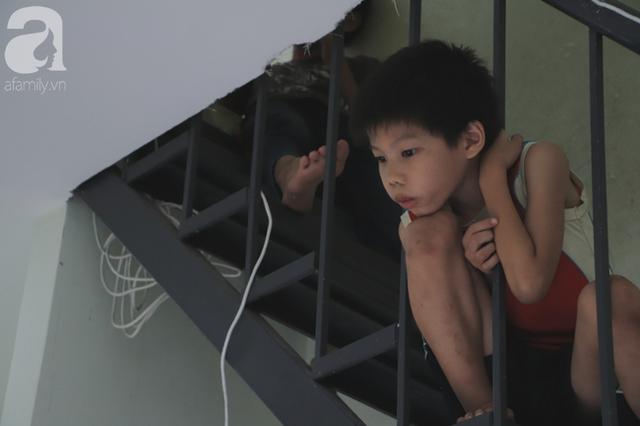 Nụ cười của người mẹ một mình nuôi 7 đứa con ở Sài Gòn: Tiền có thể ít nhưng tình cảm dành cho con thì chưa bao giờ là ít cả - Ảnh 4.