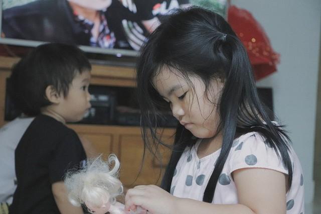 Nụ cười của người mẹ một mình nuôi 7 đứa con ở Sài Gòn: Tiền có thể ít nhưng tình cảm dành cho con thì chưa bao giờ là ít cả - Ảnh 10.