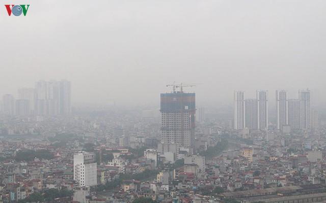 Miền Bắc chuẩn bị đón mưa dông kết thúc những ngày không khí ô nhiễm - Ảnh 2.