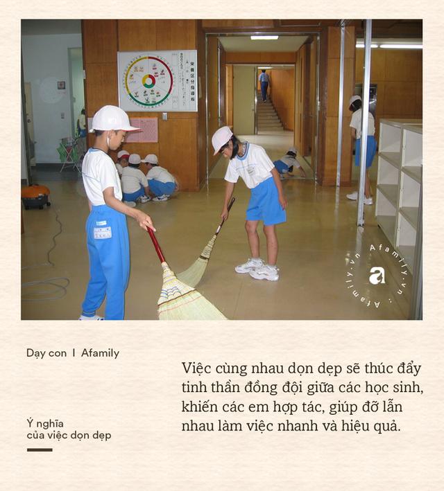 Học sinh Nhật tự dọn dẹp phòng học và nhà vệ sinh: Mục đích không chỉ để cho sạch mà còn chứa đựng cả bài học ý nghĩa - Ảnh 4.