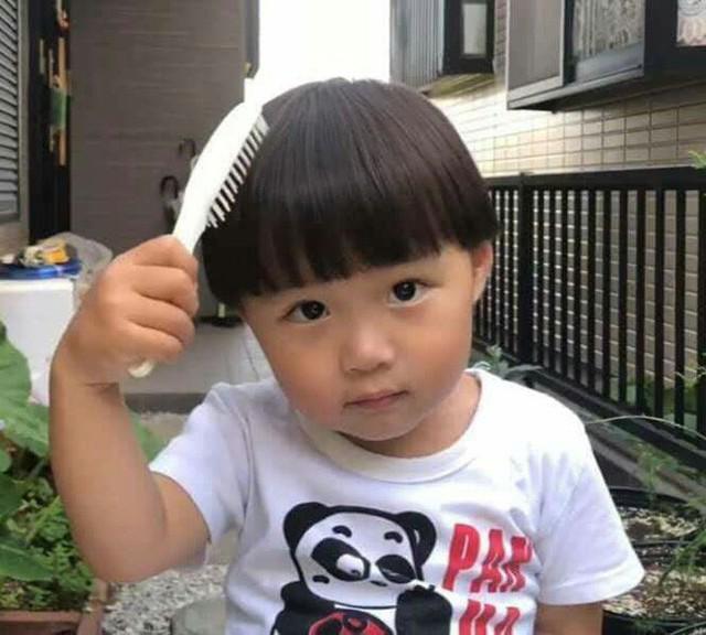 Hot Youtuber Quỳnh Trần JP khẩn cầu dân mạng ngừng chế ảnh lệch lạc về con trai sau khi bé Sa gây sốt MXH - Ảnh 2.