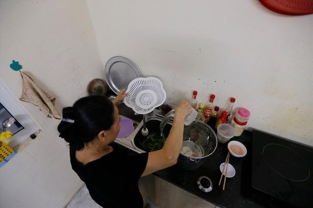 Toàn cảnh vụ đổ trộm dầu thải khiến người dân lao đao khát nước sạch - Ảnh 10.