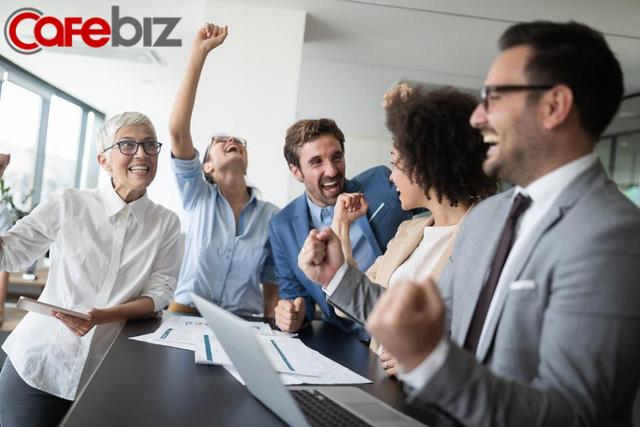 Làm sếp cũng phải học: Ngưng đè nén áp lực lên nhân viên, thay vào đó hãy tạo động lực - vừa ích cấp dưới vừa lợi cấp trên - Ảnh 2.