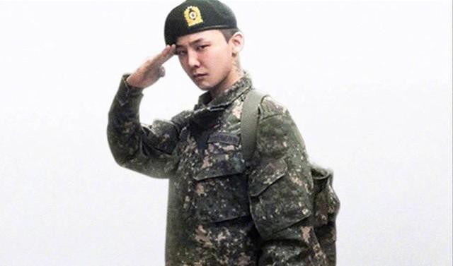 Cổ phiếu của YG tăng vọt khi có tin G-Dragon sẽ trở thành giám đốc sản xuất mới - Ảnh 2.
