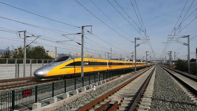 Đường sắt cao tốc của Trung Quốc chạy thử nghiệm đạt tốc độ kỷ lục 385 km/h, cao hơn 10% so với tốc độ thiết kế - Ảnh 3.