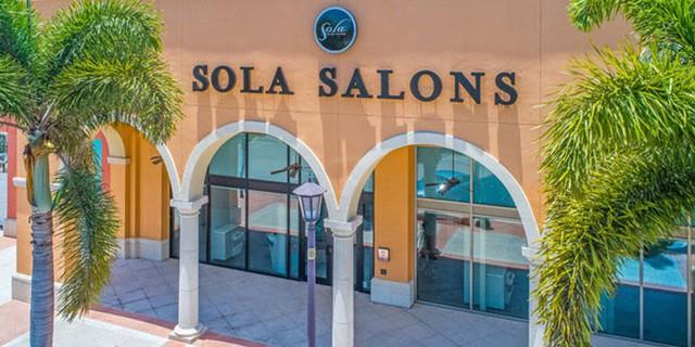 """Mô hình co-salon bị Shark Dzung bảo """"đập đi xây lại"""" nhưng đang làm ăn """"ngon nghẻ"""" tại Mỹ, mở rộng 450 địa điểm nhờ nhượng quyền thương mại - Ảnh 4."""