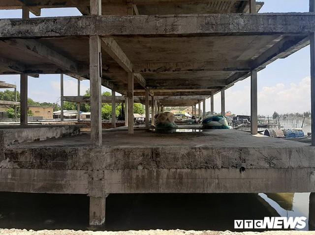 Huế: Cận cảnh resort 600 tỷ đồng bị bỏ hoang trên đất vàng ven biển - Ảnh 2.
