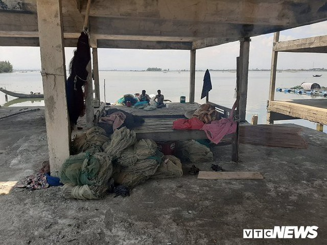 Huế: Cận cảnh resort 600 tỷ đồng bị bỏ hoang trên đất vàng ven biển - Ảnh 6.