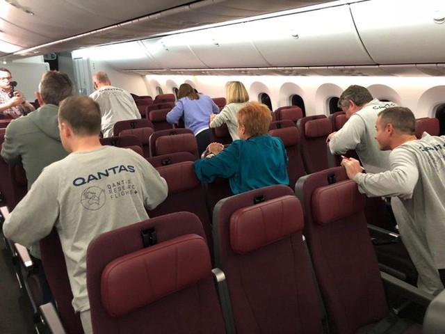 Review chuyến bay 20 giờ dài nhất lịch sử: đây là những gì người ta trải nghiệm thấy - Ảnh 7.