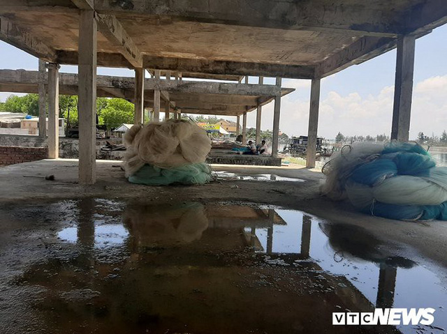 Huế: Cận cảnh resort 600 tỷ đồng bị bỏ hoang trên đất vàng ven biển - Ảnh 7.