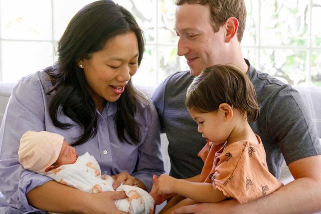 Để kiểu tóc 'bát úp quý tộc' đi điều trần trước Quốc hội Mỹ, Mark Zuckerberg bị một nữ Nghị sỹ 'cà khịa' ngay tại trận và bị 'troll' bất tận trên Twitter - Ảnh 6.
