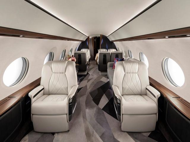 Cận cảnh máy bay cá nhân lớn nhất thế giới giá 75 triệu USD - Ảnh 2.