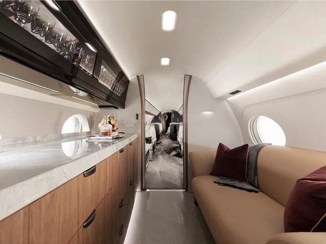 Cận cảnh máy bay cá nhân lớn nhất thế giới giá 75 triệu USD - Ảnh 5.