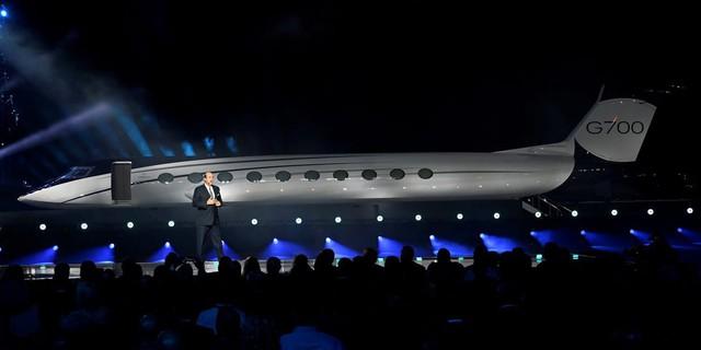 Cận cảnh máy bay cá nhân lớn nhất thế giới giá 75 triệu USD - Ảnh 10.