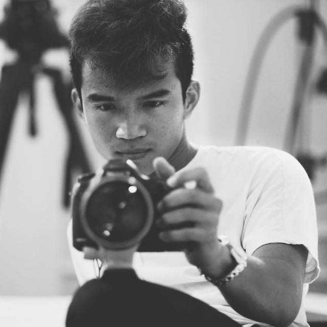 """Đạo diễn FAPtv kể chuyện từ 0,5 điểm toán thi đại học đến nút kim cương Youtube đầu tiên của Việt Nam: """"Đừng lấy bất cứ ai ra làm cột mốc hay thước đo cho đời bạn!"""" - Ảnh 2."""
