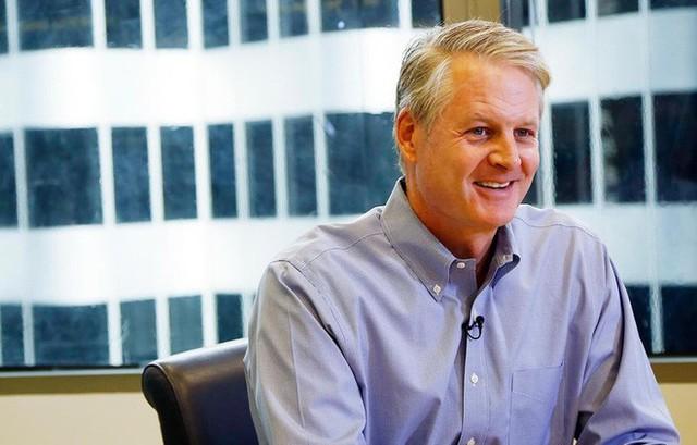 Tại sao Nike lại chọn CEO tiếp theo của mình là một chuyên gia công nghệ? - Ảnh 2.