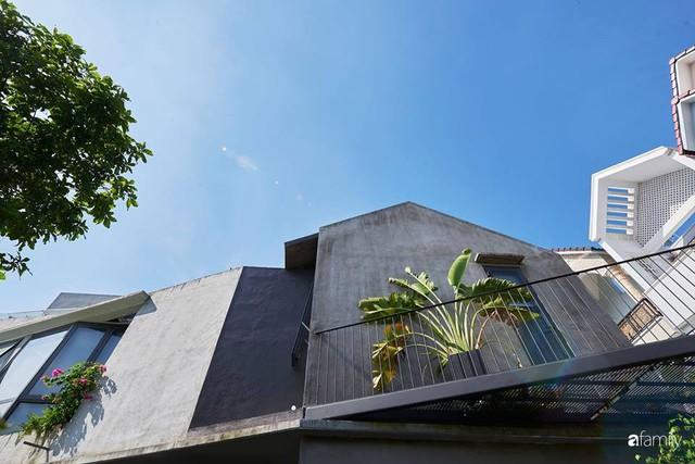 Ngôi nhà phố ngập tràn cây xanh và ánh nắng dù kín cổng cao tường ở Sài Gòn của cặp vợ chồng thành đạt quê gốc miền Trung - Ảnh 16.