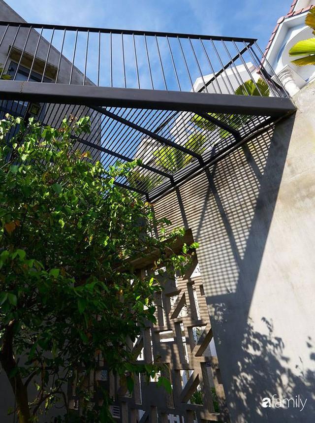 Ngôi nhà phố ngập tràn cây xanh và ánh nắng dù kín cổng cao tường ở Sài Gòn của cặp vợ chồng thành đạt quê gốc miền Trung - Ảnh 5.