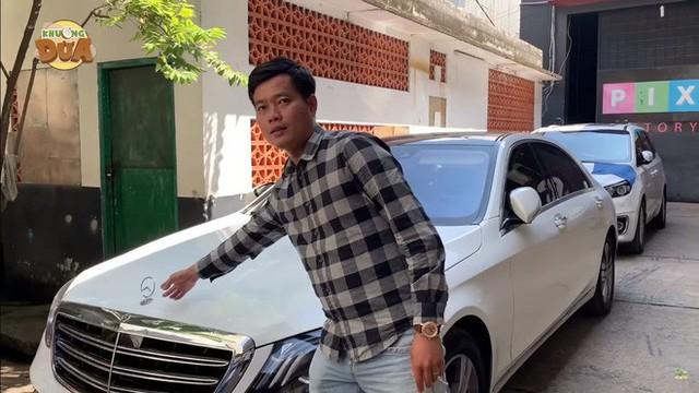 Phó GĐ Điền Quân phải đi xe máy cũ, thủng yên, trái ngược khó tin với Trấn Thành, Ngô Kiến Huy - Ảnh 3.